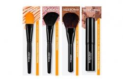 Кисть для тональных основ - Deborah Cream Foundation Brush