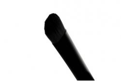 Кисть для консилера - Makeup Revolution Pro F102 Concealer Brush